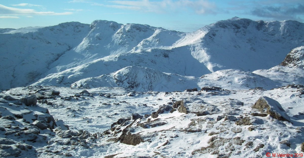 09 Crinkle Crags-Bowfell from Harrison Stickle.jpg