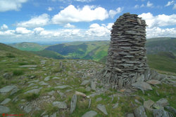 Photo 05 - High Bakestones cairn.