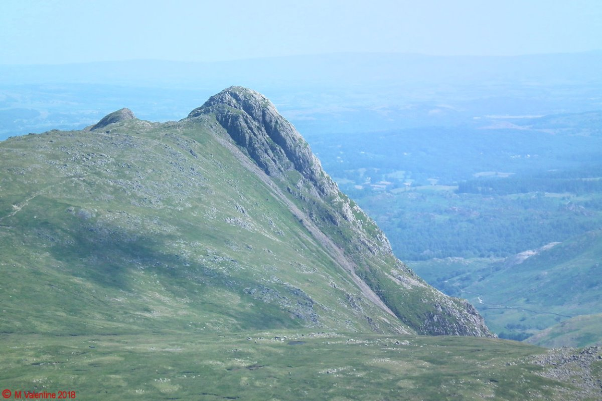 32 Pike O'Stickle from Glaramara.jpg